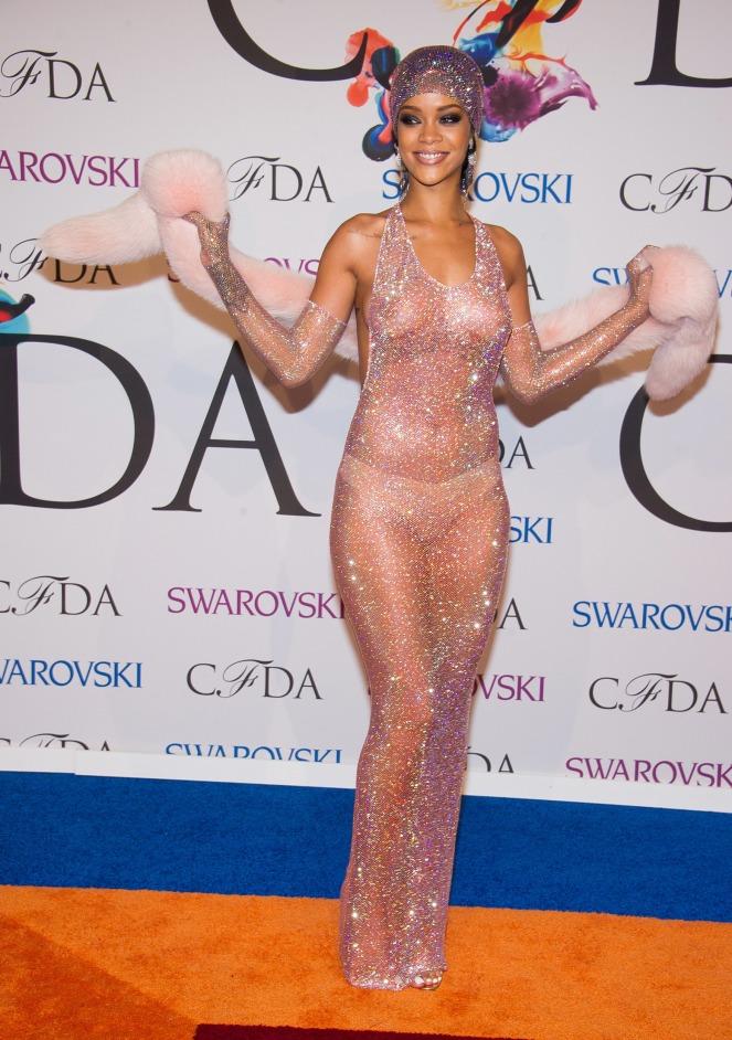2014-cfda-fashion-awards-arrivals-1.jpg