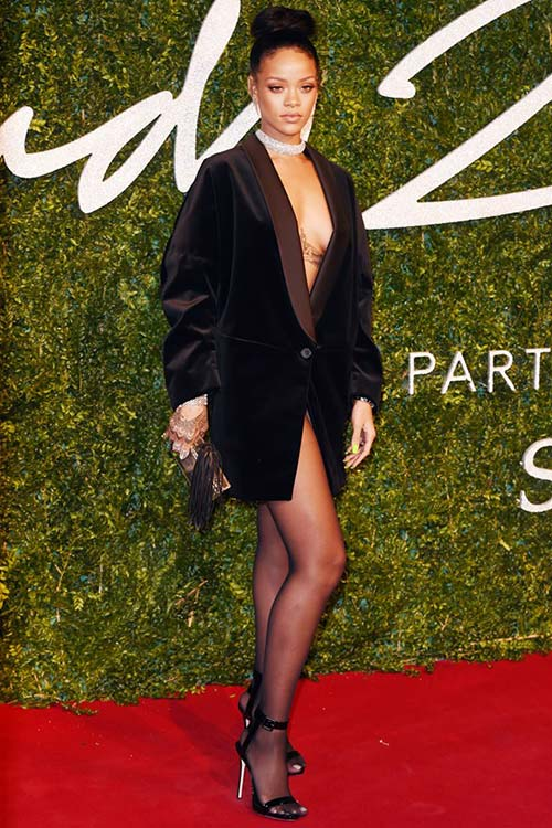 2014_british_fashion_awards_red_carpet_fashion_rihanna.jpg