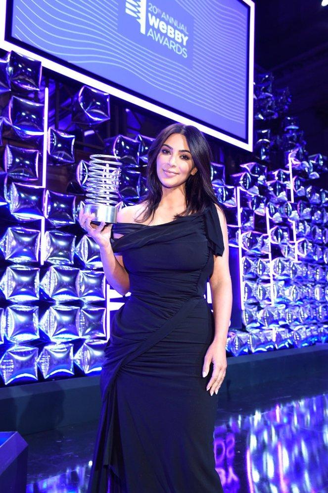 kim-kardashian-webby-awards-may-2016.jpg