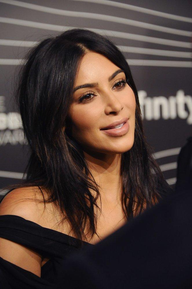kim-kardashian-webby-awards-may-2016_2.jpg