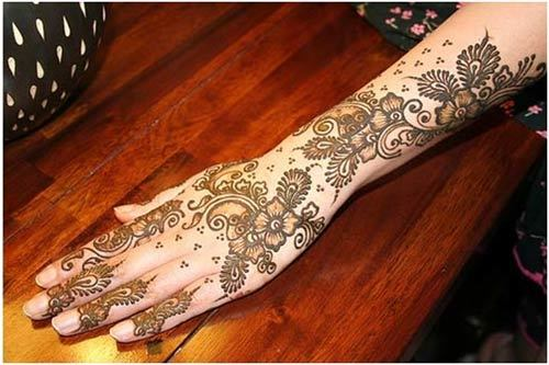 mehndi-design-back-side-of-hand.jpg