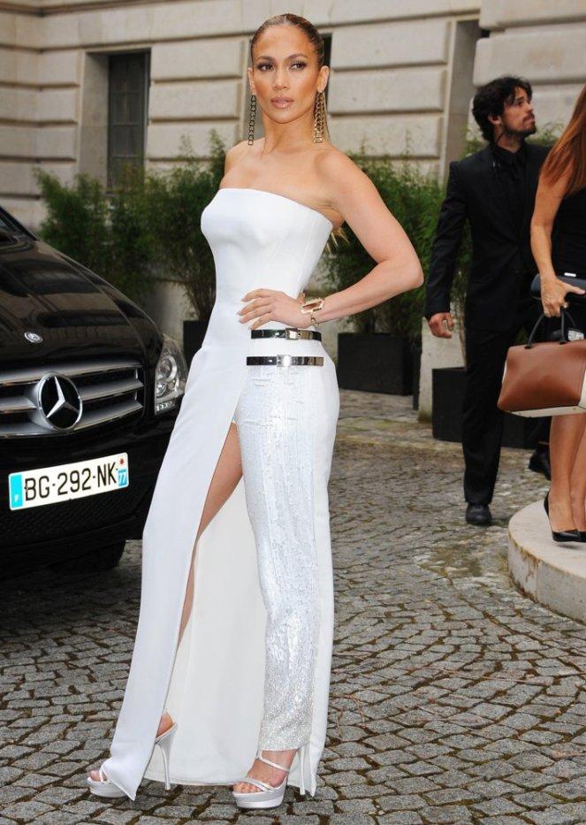 jennifer-lopez-paris-fashion-week-haute-couture-fall-winter-2014-2015-05.jpg