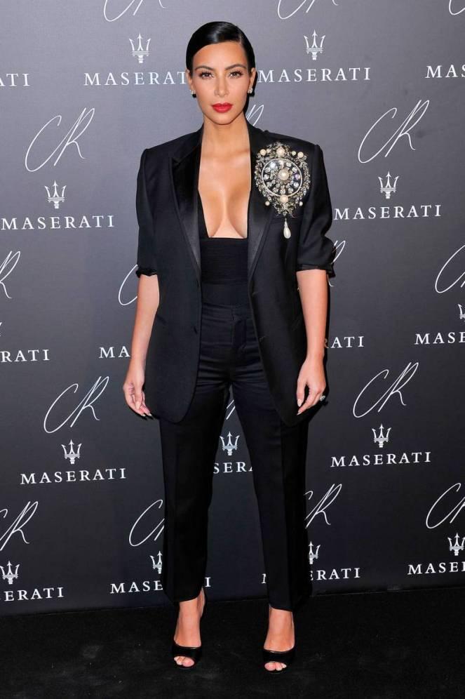 14-kim-kardashian-fashion1.jpg
