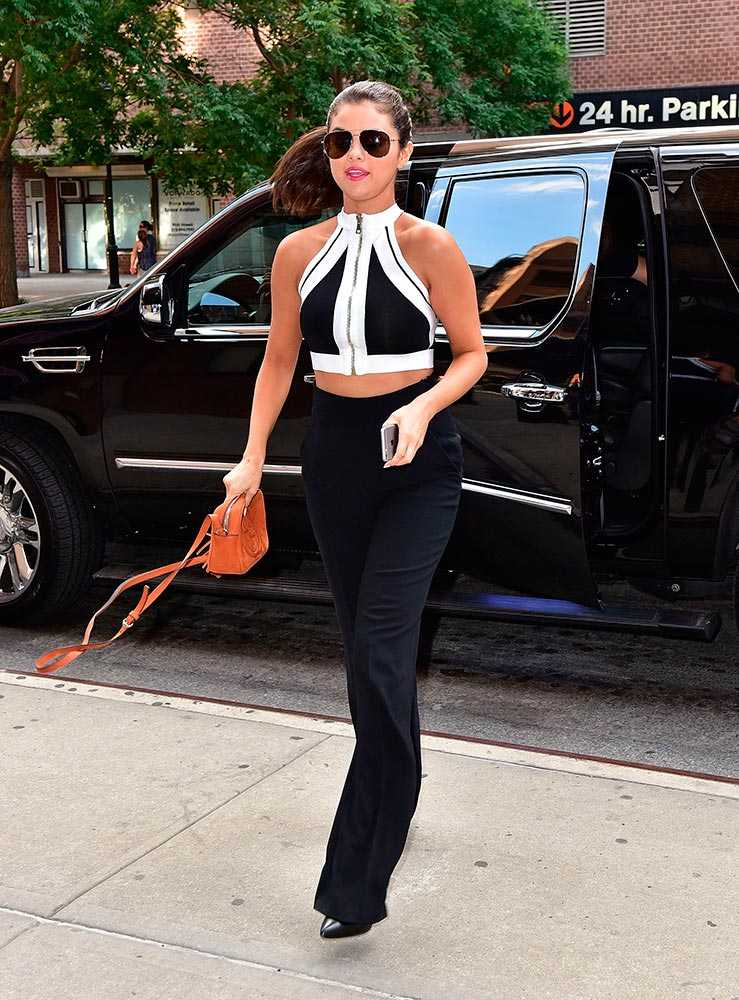 2015_06_22_out_in_nyc_selena_gomez_style_file_05__large.jpg