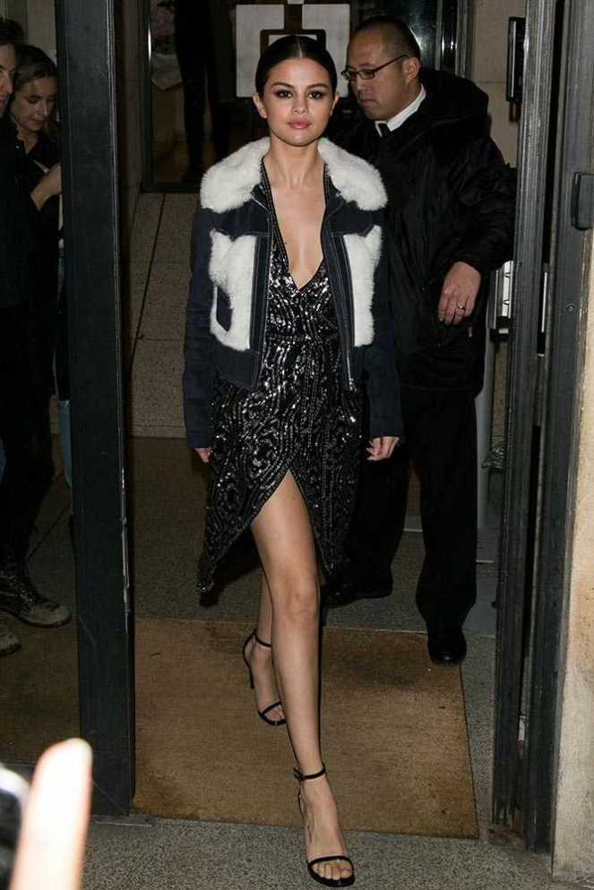 2016_03_10_out_in_paris_wearing_rodarte_and_other_stories_selena_gomez_style_file_18__large.jpg