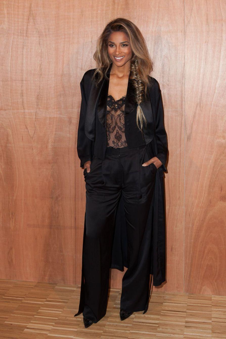 ciara-at-givenchy-fashion-show-at-paris-fashion-week-03-07-2016_3.jpg