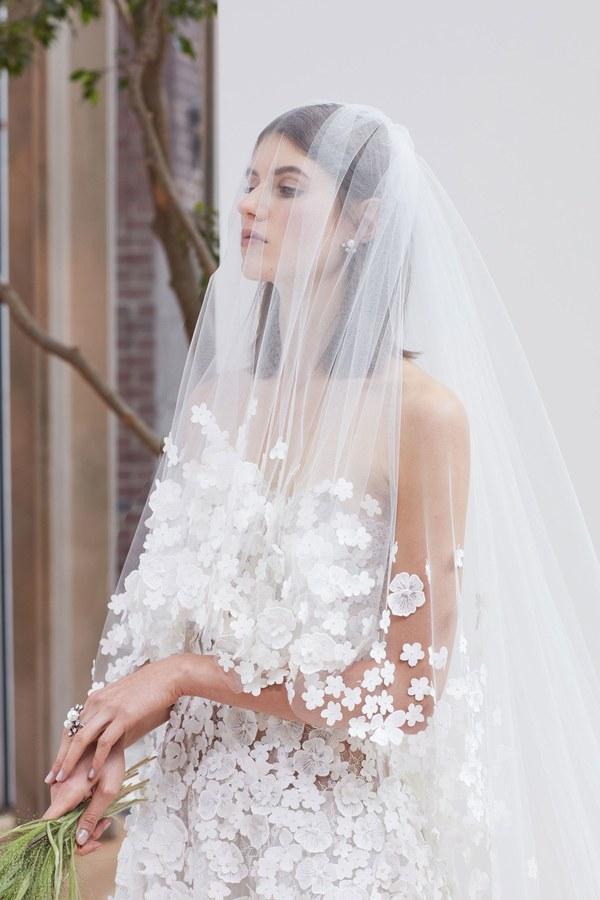 11-oscar-de-la-renta-bridal-2018