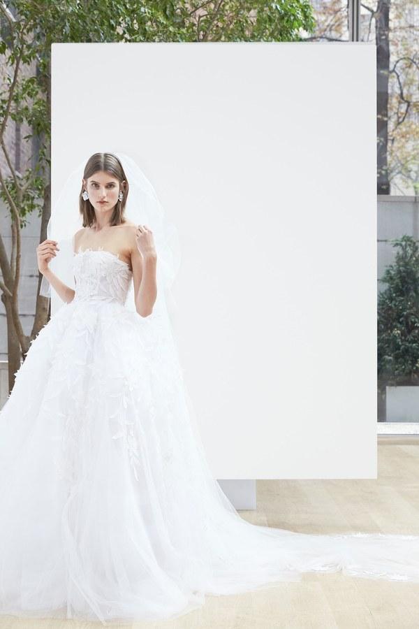 17-oscar-de-la-renta-bridal-2018