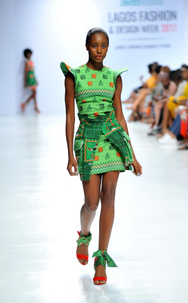 Model-wearing-a-piece-from-the-Africa-Inspired-Fashion-by-Heineken-at-the-Heineken-Lagos-Fashion-And-Design-Week-2017-010-600x963