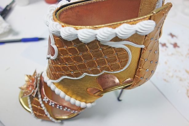 PROD-Worlds-most-expensive-shoes-valued-at-$511-million-USD (3)