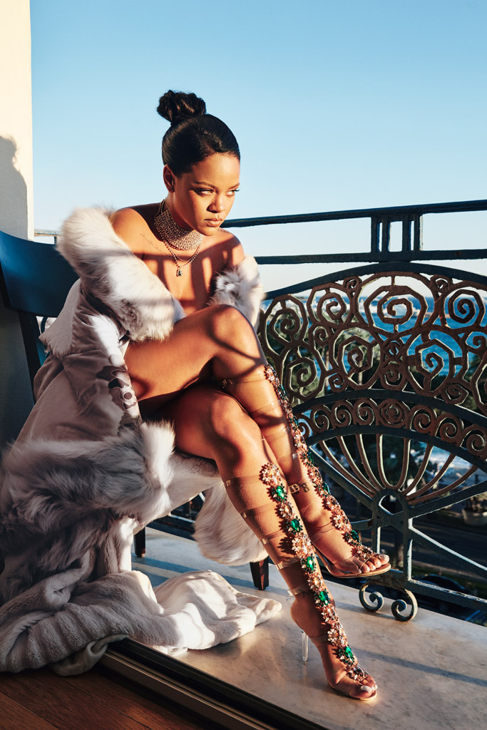 rihanna-manolo-blahnik-so-stoned-shoes-1