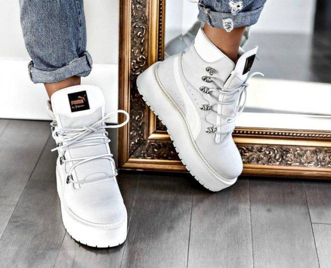 Rihannas-new-sneakers
