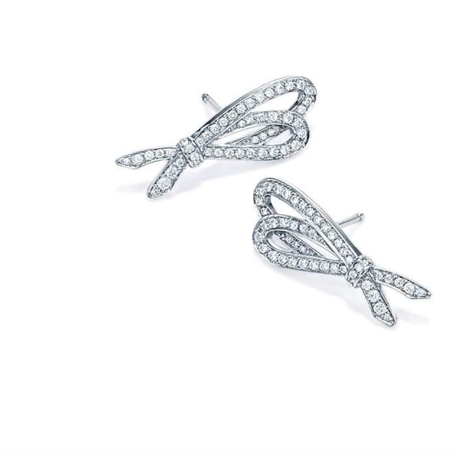 20150901_CB_Earrings_Tile3_2x2Promo_US_TiffanyBows_v1.jpg