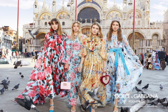 dolce-and-gabbana-summer-2018-woman-advertising-campaign-07-560x374.jpg