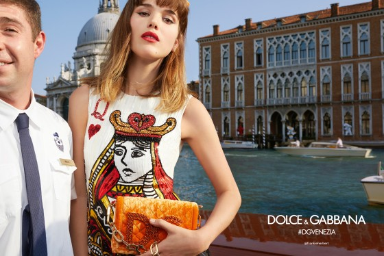 dolce-and-gabbana-summer-2018-woman-advertising-campaign-10-560x374.jpg