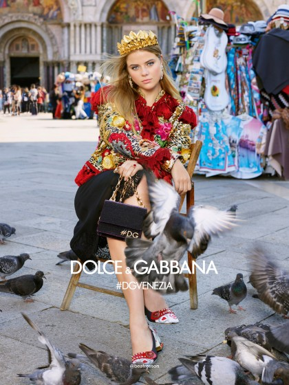 dolce-and-gabbana-summer-2018-woman-advertising-campaign-17-420x560.jpg