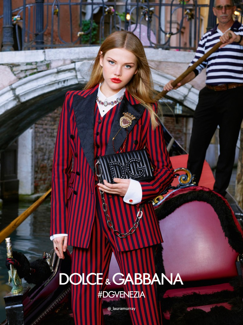 dolce-and-gabbana-summer-2018-woman-advertising-campaign-18-800x1068.jpg