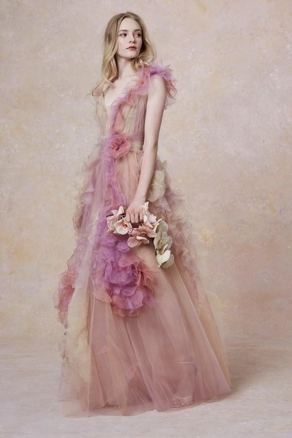 00001-Marchesa-Vogue-Couture-2019-pr.jpg